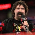 WWE: Mick Foley non potrà prendere nessun colpo ad Hell in a Cell