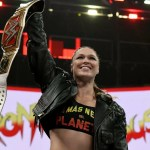WWE: Tributo di Ronda Rousey a Roman Reigns dopo la sua vittoria ad Evolution (Video)