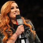 WWE: Becky Lynch prende in giro Charlotte Flair e Ronda Rousey