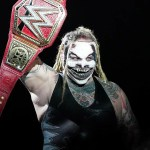 WWE: Bray Wyatt mostra la nuova cintura Universale (FOTO)