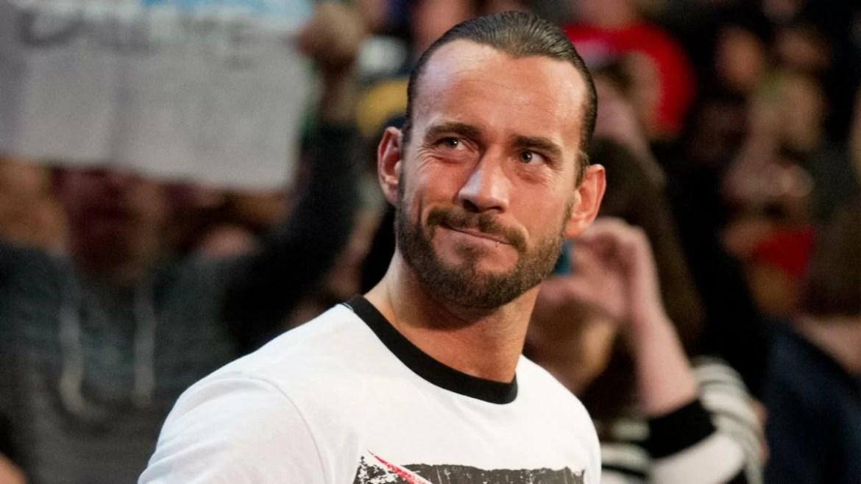 """WWE: CM Punk scherza sulla puntata di Smackdown a """"porte chiuse"""""""