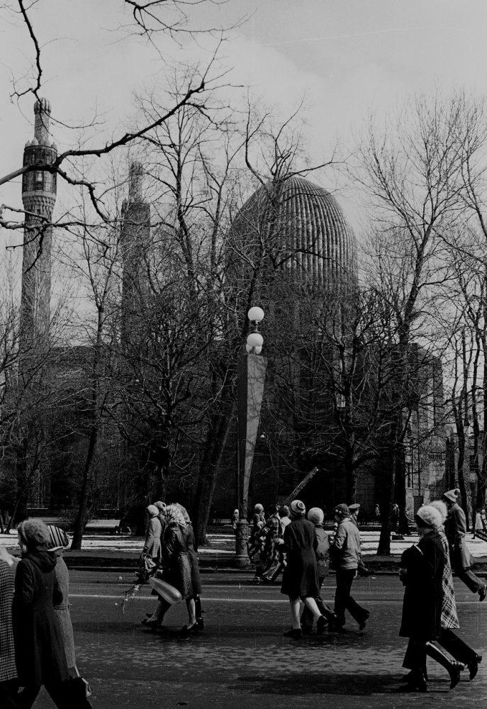 Ностальгия по СССР: Ленинград 1 мая в 1976 году