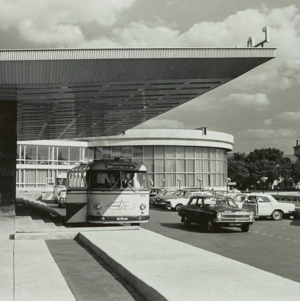 1971. Гостиница Ленинград