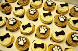 dog_cupcakes2
