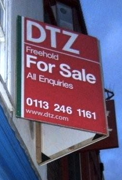 York - Freehold For Sale