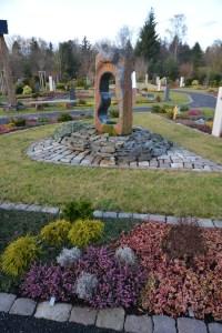 Memoriam Garten Trompeter Friedhof 07