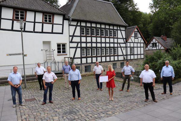 Bürgermeisterkandidat*innen und SPD-Parteispitze im Kreis unterzeichnen Bergische Erklärung!