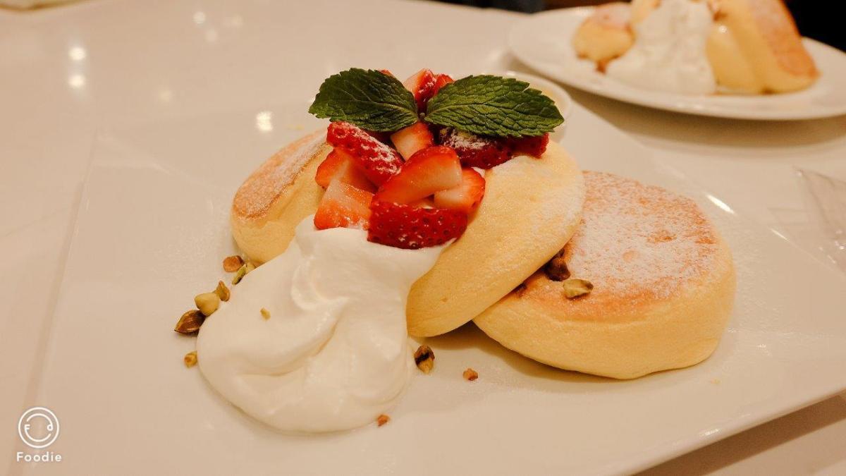 #SPD4459 吃一口幸福的空氣 -幸福班戟A Happy Pancake – SPD4459 甜品角落 Dessert Corner – 推介香港甜品好去處