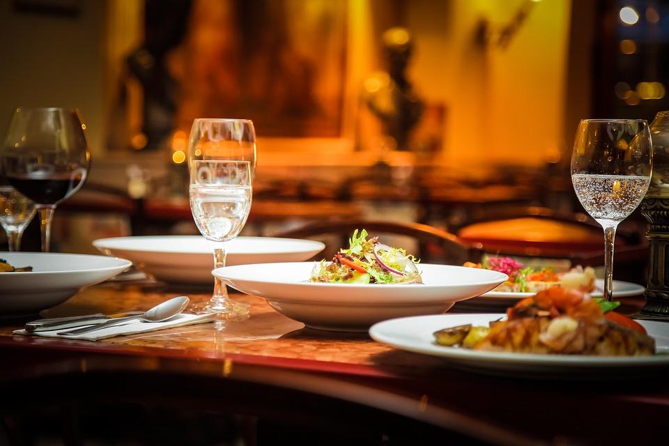 """Résultat de recherche d'images pour """"restaurant"""""""