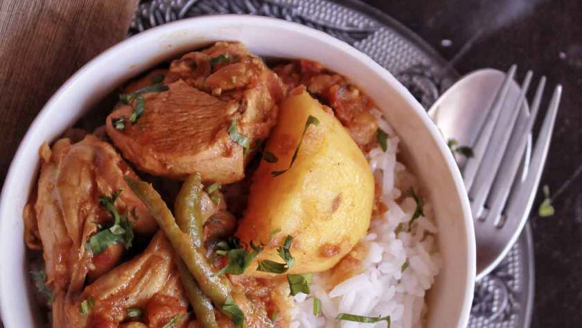 Bengali Chicken Curry recipe with potatoes