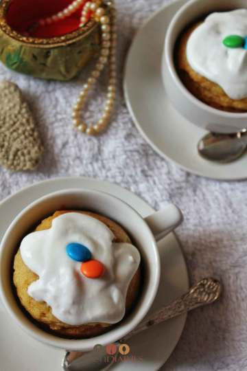 Easy Vanilla Mug Cake Recipe