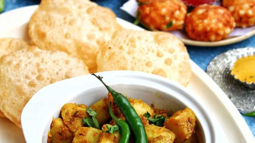 Jeera Aloo - Cumin Roasted Potatoes recipe