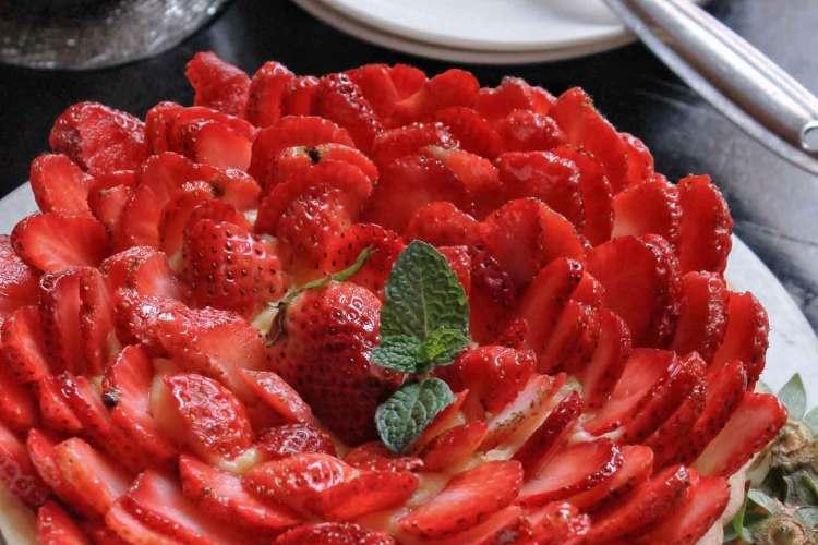 Eggless Strawberry Tart with Vanilla Custard Cream Recipe