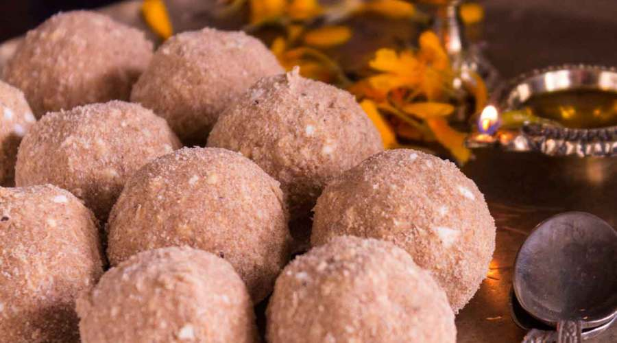 Aata Ladoo recipe