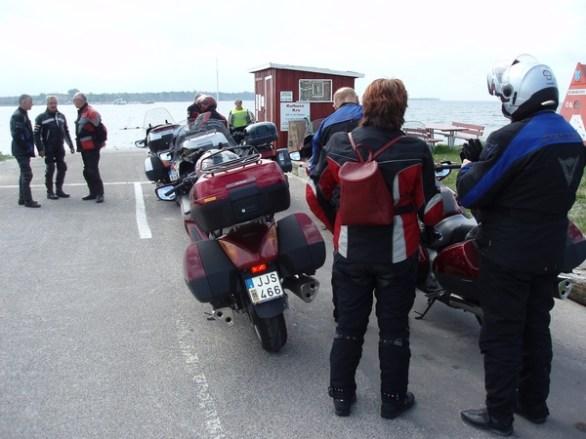 Vid Hundested tog vi en liten färja över Roskilde fjorden till Kulhuse.