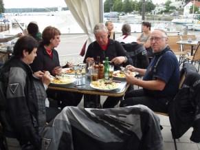 God mat vid hamnen i Strängnäs.