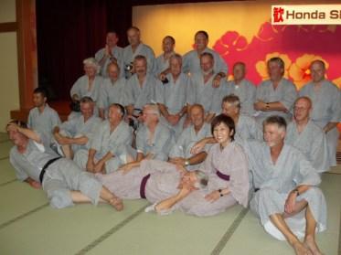 Yoshi tillsammans med alla herrarna.
