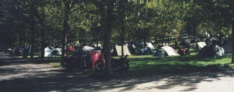 Campingplatsen i Les där träffen ägde rum (Campingplatsen var reserverad för träffen)