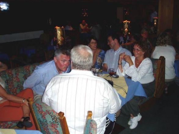Pubaftonen då det var musikunderhållning av husets old maestro.