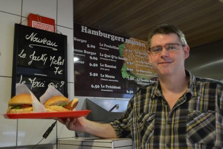 Un burger « Jacquie et Michel »