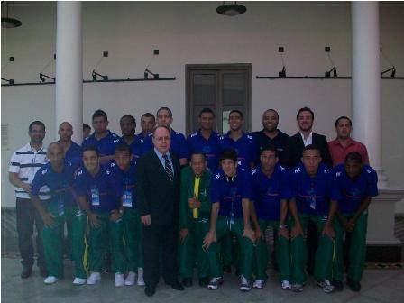Seleção da SOB é recebida na Embaixada Brasileira em Assunção