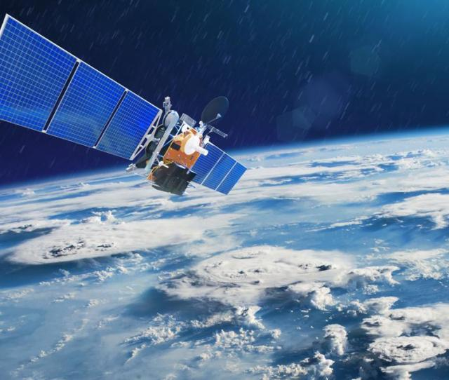 Apple Building Satellite To Iphone Tech Spacex Launching