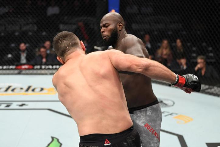 The only man to crack Andrei Arlovski's chin during the 2017-Present stretch, Jairzinho Rozenstruik's landed a beauty of a counter left hook during the opening round. | Rozenstruik vs Sakai | Pintsized Interests