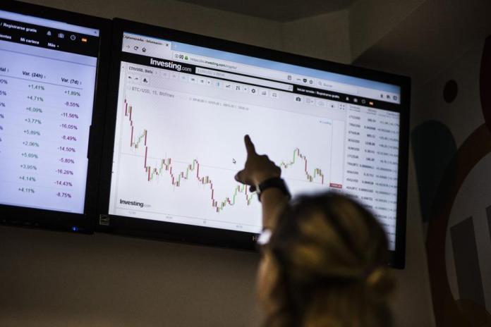bitcoin, bitcoin price, omiseGO, omiseGO price, crypto, image