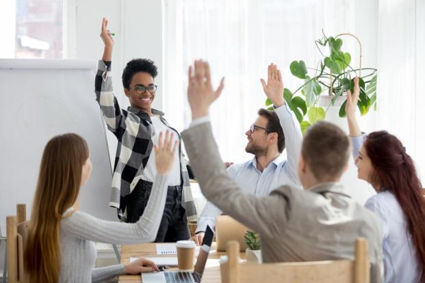7 Powerful Characteristics Of A Truly Inspirational Leader