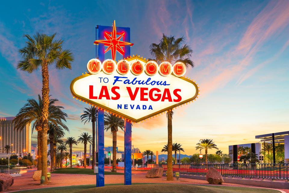 30 Best Bucket List Trips For Your Lifetime: Your Ultimate Las Vegas!