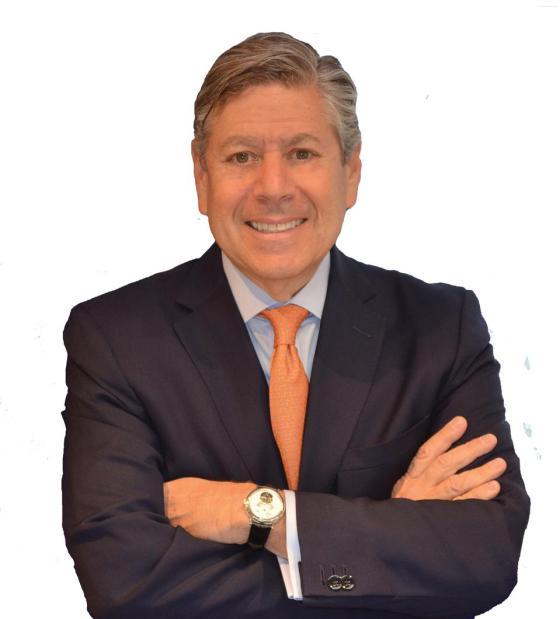 Ο Steven Leed, συνιδιοκτήτης της Royal Jewelers, Andover, Mass.