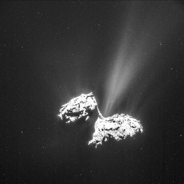 Comet 67P / Churyumov-Gerasimenko shows the degassing up close, pictured by Rosetta from ESA.