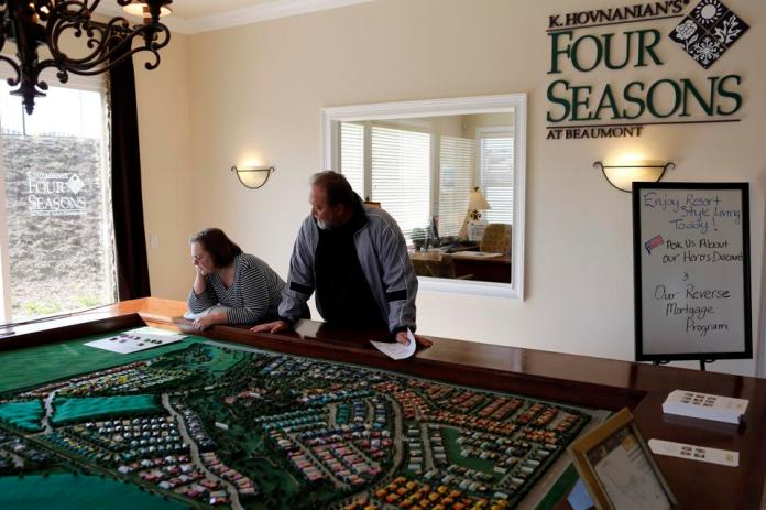 Views From Hovnanian Enterprises Inc.'s Four Seasons Community