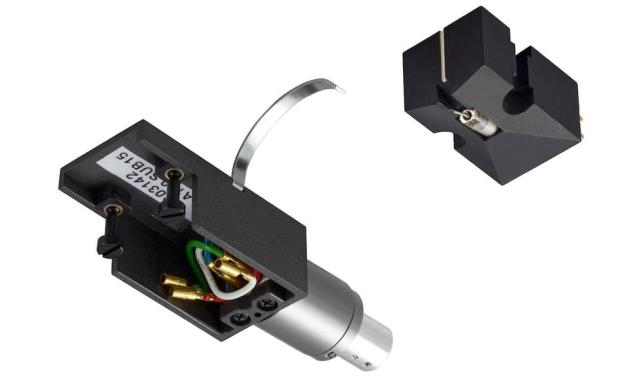 Turn off the Denon DL-A110 phono cartridge and headshell