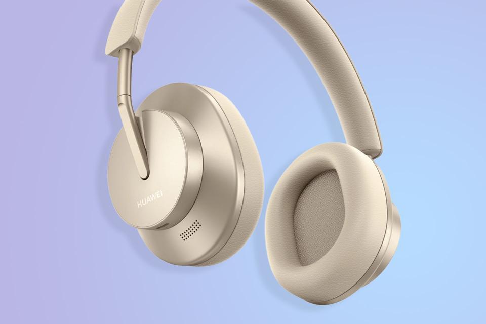 Huawei Beats Apple's AirPods Studio To Release With Its FreeBuds Studio  Headphones
