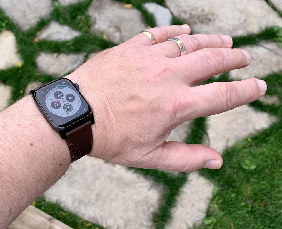 Reviews on Nomad Active Strap Pro