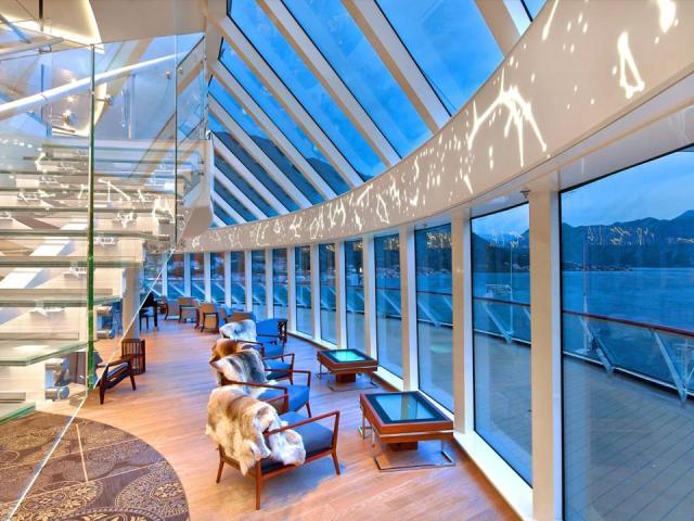 The Explorers Lounge, Viking Cruises