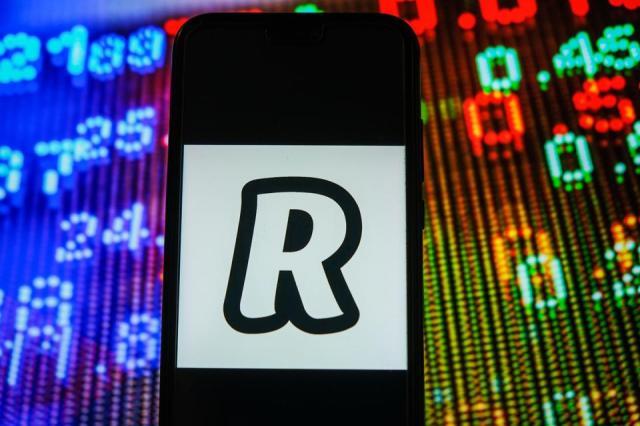 bitcoin, bitcoin price, PayPal, Robinhood, Revolut, image