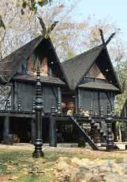 Visiter Chiang Rai – Maison noire 3-min