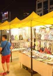 Visiter Neon Market à Bangkok – Marché de nuit 7-min