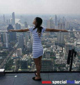 Mahanakhon SkyWalk Bangkok 3