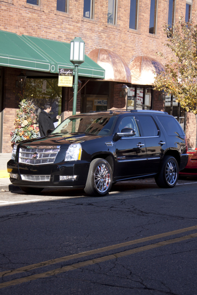 Escalade Gallery Pic 17