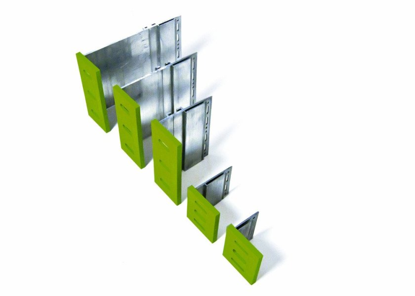 A_simple_cladding_support_system_typically_consists_of_helping_hand_brackets_which_are_fixed_to_the_substrate_at_set_vertical_and_horizontal_separations