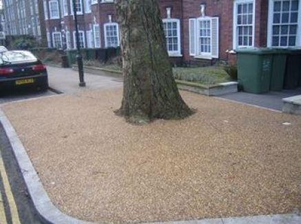 Ronadeck TreePit Hackney