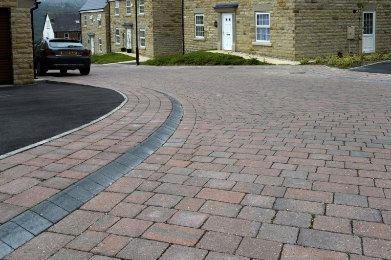 Mobility kerb development project inspires new standard product line for Brett