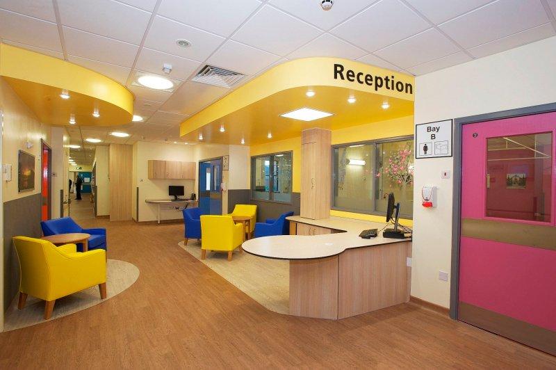 Altro Flooring brings massive benefits to pioneering dementia ward at Warrington Hospital