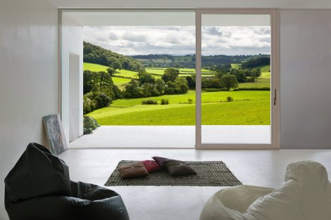 Imago frames the english countryside