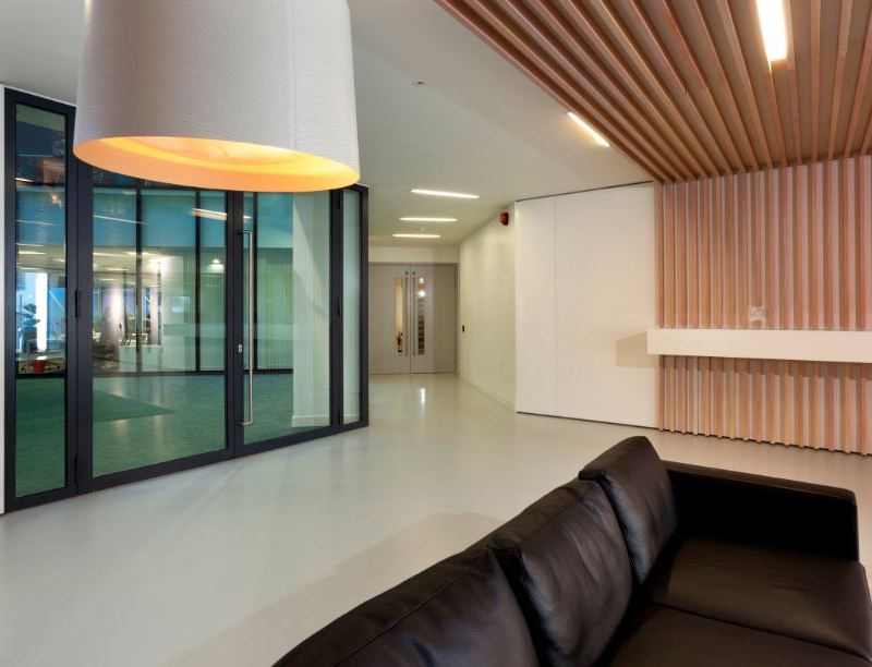 Altro Flexiflow works for dramatic Brighton office space