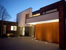 A New Garage Door - Refurbishment Made Easy