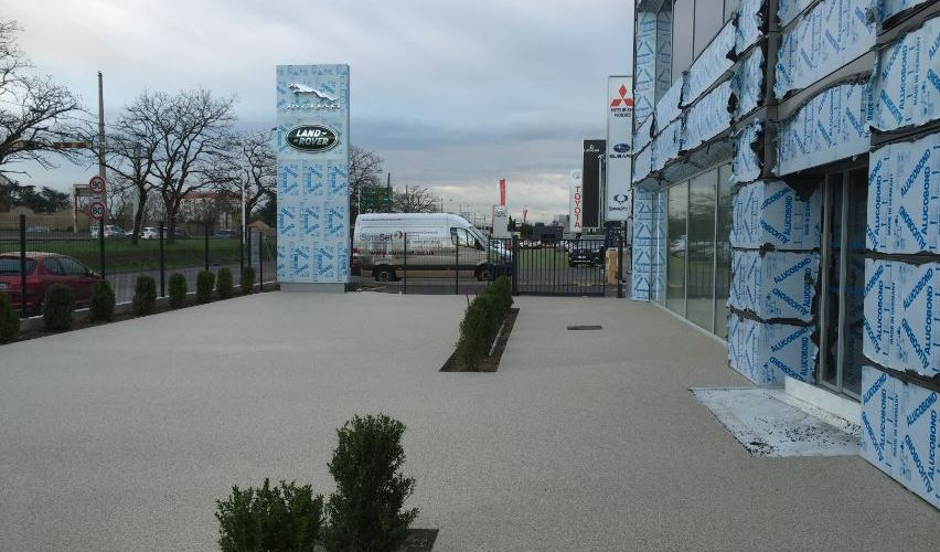 Paving the way for a luxury car manufacturer with a luxurious eye for detail
